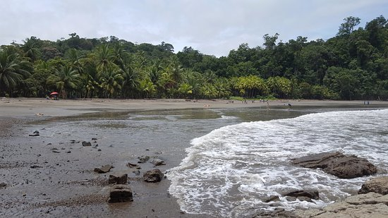 Ballena, Costa Rica: view from rocks on north side of beach