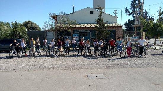 Maipu, Argentina: Estudiantes de turismo visitando nuestro negocio