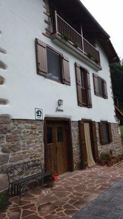 Etxalar, Spain: Entrada principal