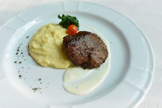 Metro Manila, Philippines: Tenderloin Steak with Blue Cheese (U.S. Angus tenderloin, mashed potatoes, blue cheese sauce)