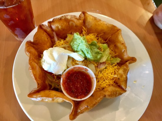 Kerrville, Техас: Chicken taco salad