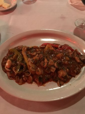 Allen Park, MI : my veal marsala!!!!! what a picture!!!!!