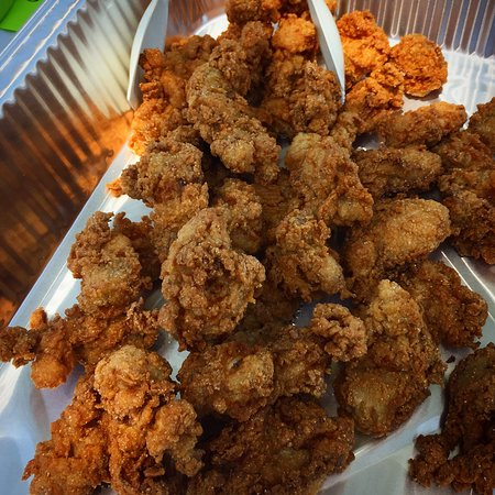 Irvington, VA: Fried Oysters