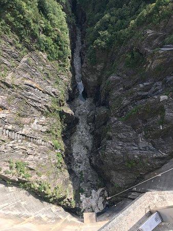 Trekking Outdoor Team: The drop