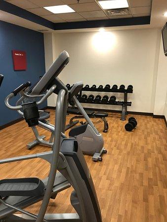 Allen Park, MI: fitness room