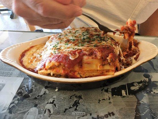 Redmond, Oregón: Papa's Lasagna