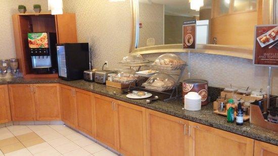 Hagerstown, MD: Bagels, Granola, OJ, Yogurt, Cereal