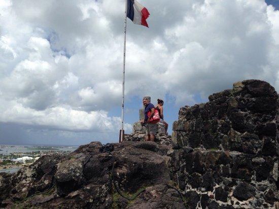 Marigot, St. Maarten: Ft. Louis. The climb to seize the flag needs decent shoes