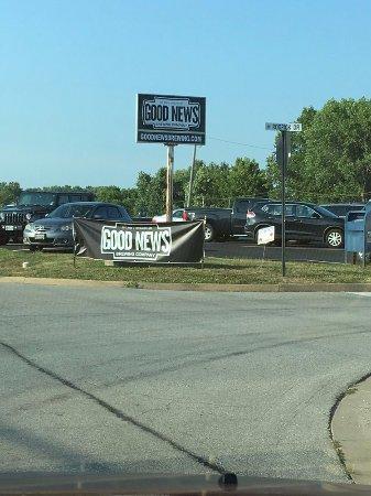 O'Fallon, MO: Front of Store