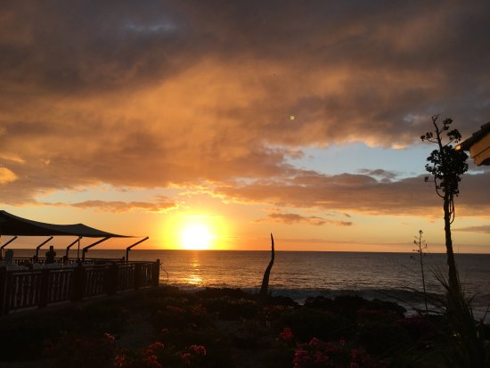 """Club Med La Plantation d'Albion: Coucher de soleil du côté """"Phare""""."""