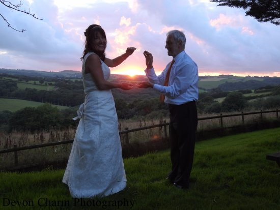 Umberleigh, UK: Capturing the sunset