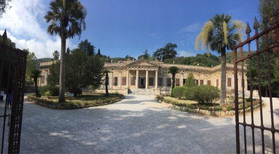 Interni Di Villa San Martino : Quadro allinterno del salone foto di villa di san martino