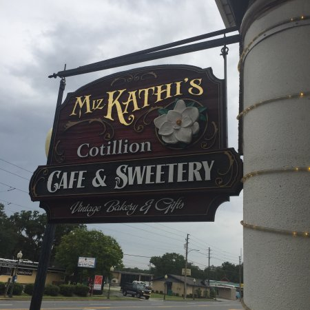 Wildwood, FL: Cotillion Southern Cafe