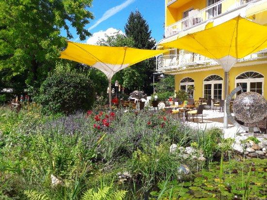 Drobollach am Faakersee, Østrig: Liebevoll gepflegter Gartenbereich