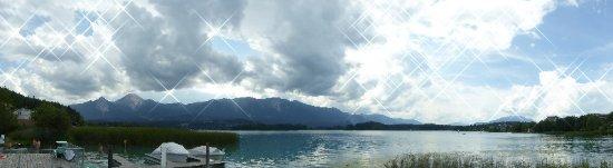 Drobollach am Faakersee, Østrig: Panorama vom Hausstrand