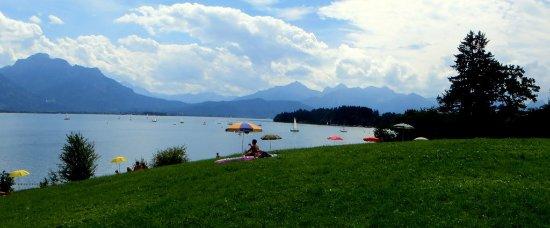 Schwangau, เยอรมนี: angenehme Badeplätze am See