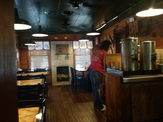 Emory, TX : OUR WAITRESS
