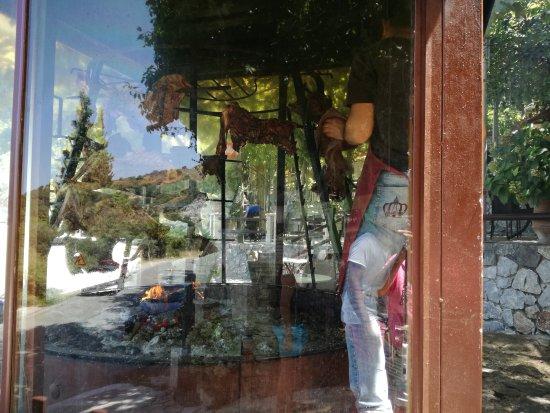Argyroupolis, Greece: IMG_20170810_140714_large.jpg