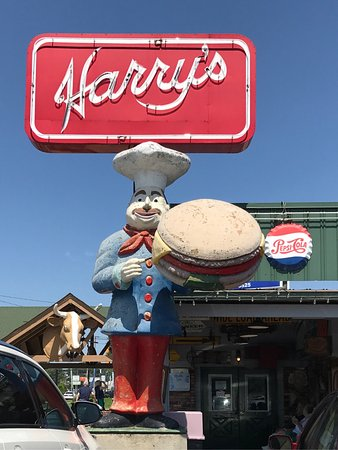 Harry's Grill & Piggy's Ice: photo0.jpg