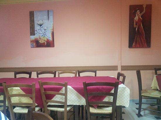 Nurri, Italia: Pizzeria Rosticceria SA Muraglia