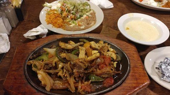 El Saltillo Long Beach Restaurant Reviews Photos Phone Number