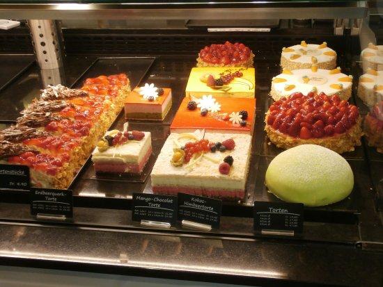 Wallisellen, İsviçre: Yummy treats