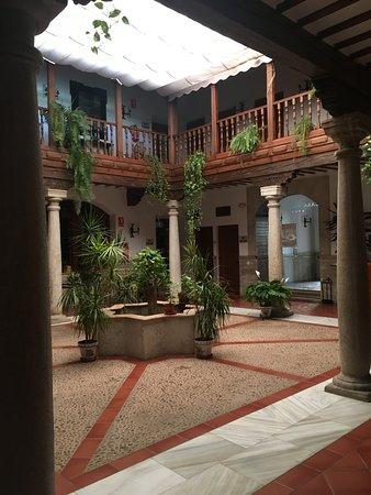 Hotel Casa Palacio: Central courtyard