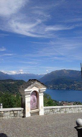 Madonna del Sasso, Italie : vista dal Santuario