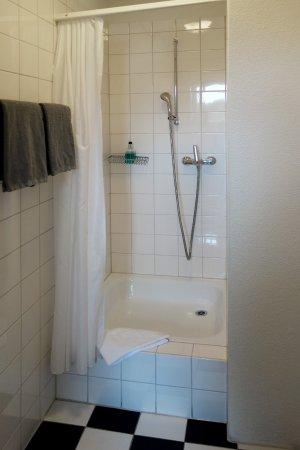 Weggis, İsviçre: Shower