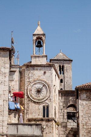 City Clock: Zegar miejski