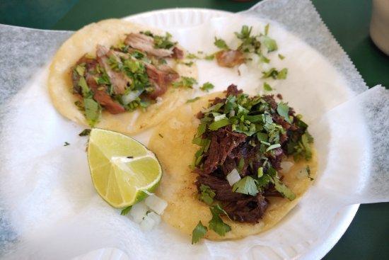 Grand Prairie, TX: Carnita and Barbacoa Tacos