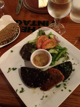 Kanturk, Ireland: Black and white puddings with apple sauce