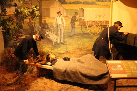 National Museum of Civil War Medicine: diorama - ambulance service