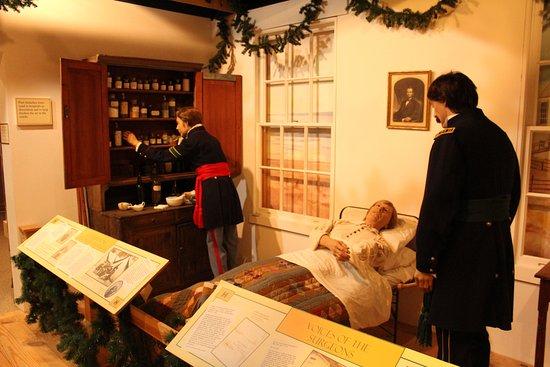 National Museum of Civil War Medicine: diorama - hospital