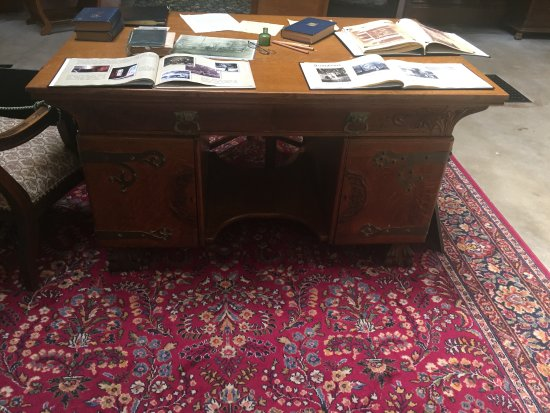 Crawfordsville, IN: General Wallace's desk!