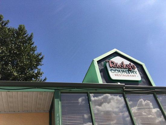 Abbotsford, Kanada: Ricky's Restaurant