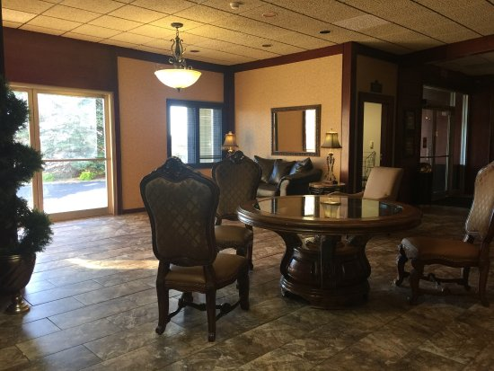 Baymont Inn & Suites Mandan Bismarck Area : photo1.jpg