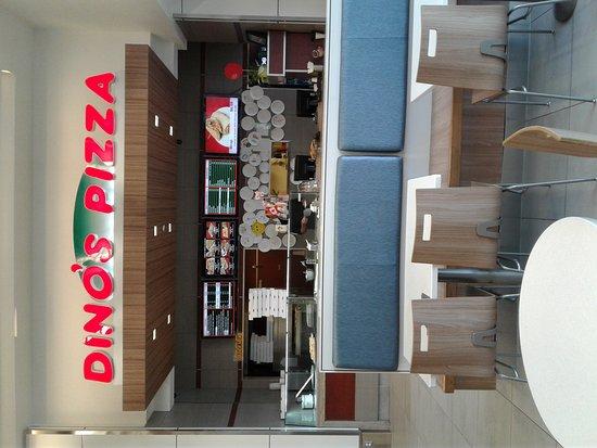 Sarnia, Canada: Dino's Pizza