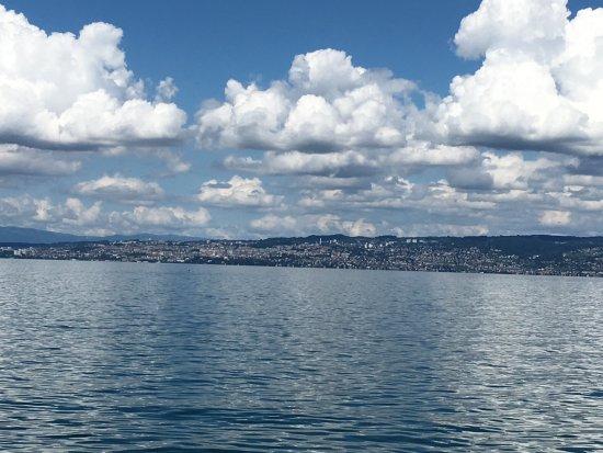 Lugrin, Frankrike: Lausanne
