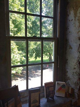Baldwin's Book Barn: photo1.jpg