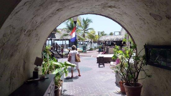 Perla Del Mar: ACCESO