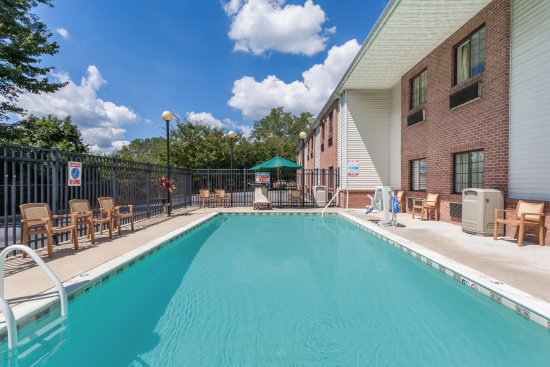 Days Inn Amp Suites Cambridge Updated 2017 Hotel Reviews