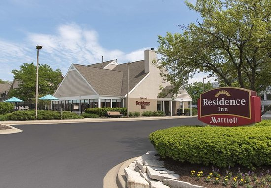 Residence Inn Chicago Deerfield: Exterior