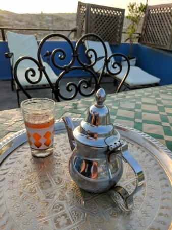 Riad Ibn Khaldoun : Complimentary afternoon tea on the terrace