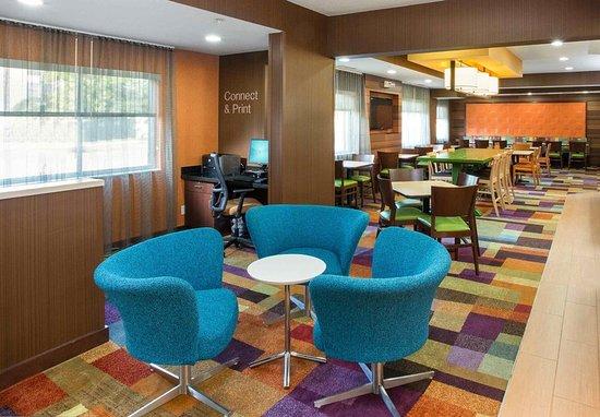 Tinley Park, IL: Lobby Seating
