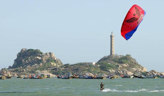 Princess D'An Nam Resort & Spa: Windsurfing