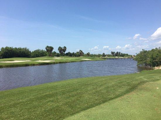 Riviera Cancun Golf Resort : photo2.jpg