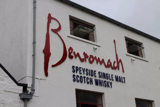 Forres, UK: Benromach close up