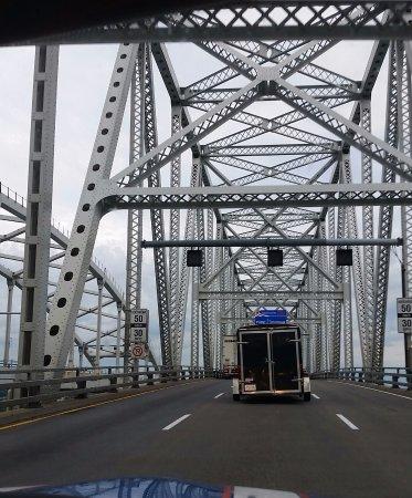 Blue Water Bridge: crossing