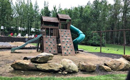 Cosby, TN: Playground area